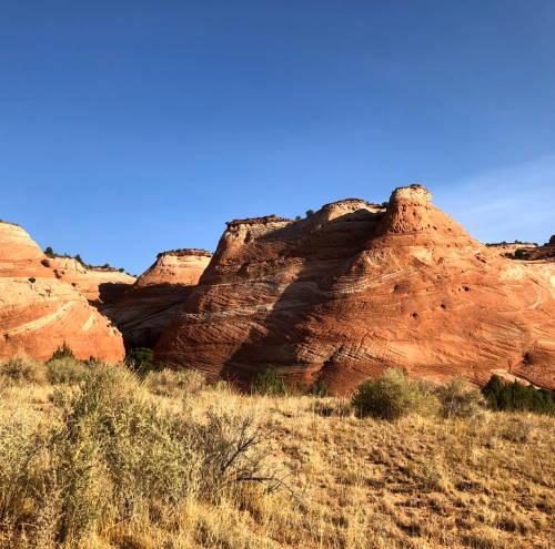 Randonnée dans les roches rouges de l'Utah